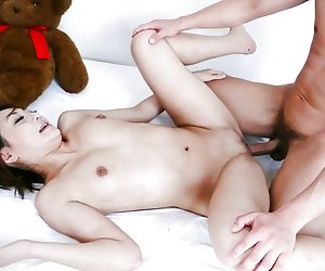 Time for hardcore sex with Asian milf Yuu Shiraishi